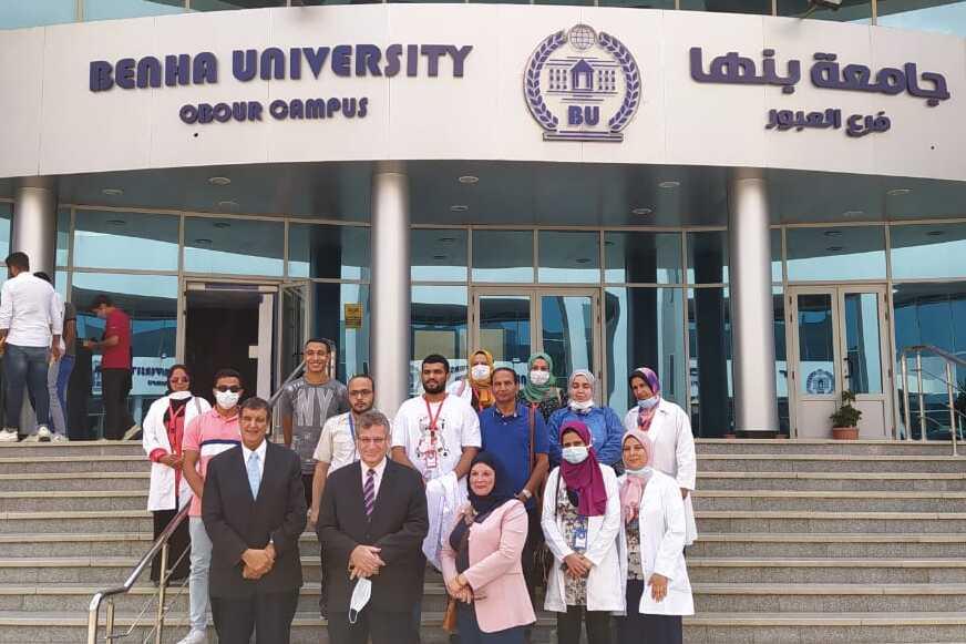 فى اطار دورها المجتمعي : جامعة بنها تنظم قافلة طبية فى مدينة العبور