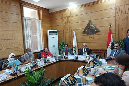 مجلس جامعة بنها يستعرض مشروع مركز تدريب وإبداع مصر الرقمية