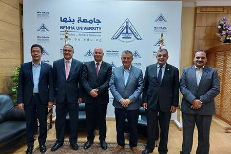 «شمس الدين» و«السعيد» و«المغربى» يهنئون «سوسه» برئاسة جامعة بنها