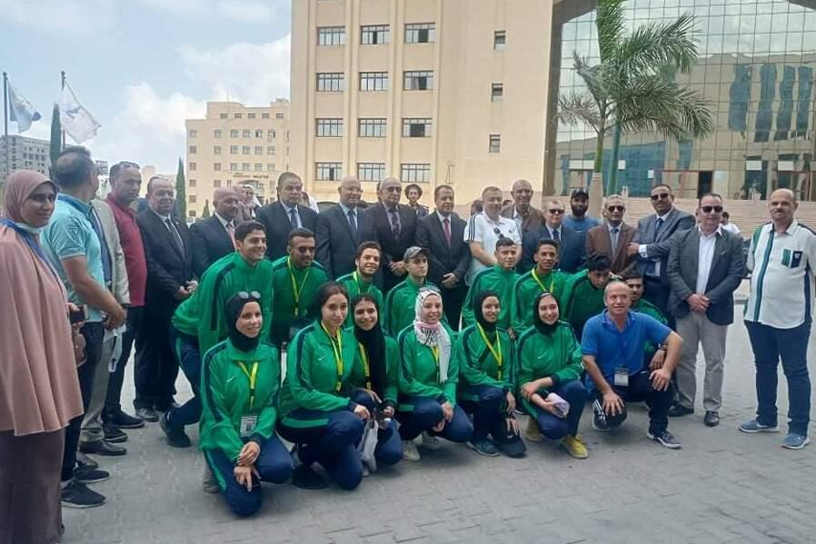 رئيس جامعة بنها يشارك في افتتاح المهرجان الرياضي الأول للأسر الطلابية للجامعات المصرية بكفر الشيخ