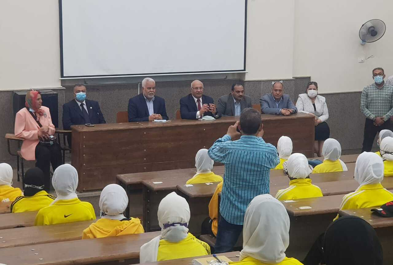 Benha University President inspects Faculties of Nursing, Physical Education and Natural Therapy