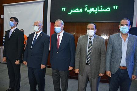 محافظ القليوبية ورئيس جامعة بنها يشهدان احتفالية تكريم طلاب المرحلة الثالثة من المبادرة الرئاسية