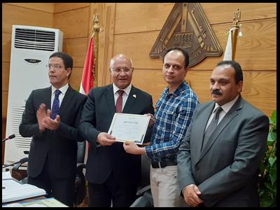 مجلس جامعة بنها يكرم الفائزين ضمن المراكز العشر الأوائل بجائزة مصر للتميز الحكومي